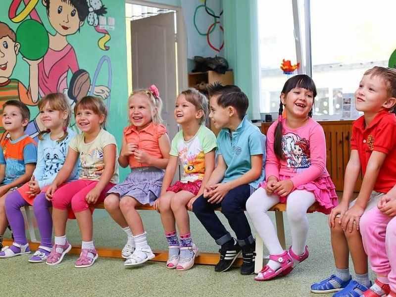 Прикрепить ребенка к детскому садику